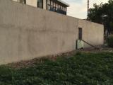 华士镇华西二村中康路围墙内150平米空地出租