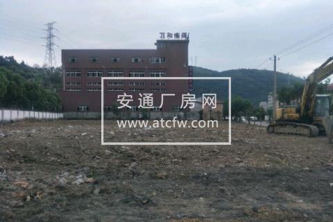 安丰村3000平米空地出租,交通方便。