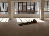 柳市东皇屿村东中东路新盖楼房,3-5楼出租。