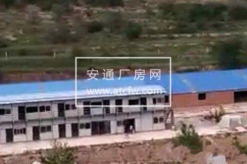 喀喇沁旗王爷府镇银营子村2200方厂房出租