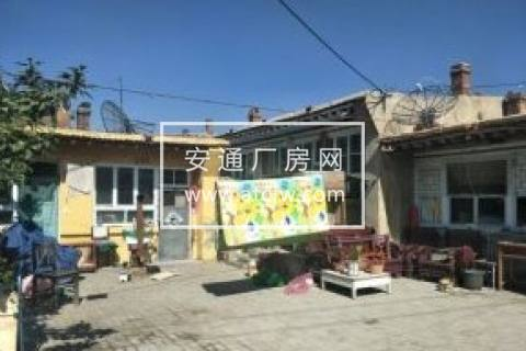 东河区河东镇壕赖沟村3区2排285号570方厂房出售