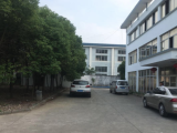 昆山张浦区长江南路与振新西路交叉口2700方厂房出租