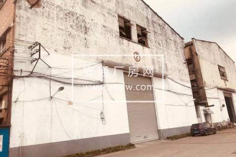 闵行华宁路仓库出租,可做厂房,有两部行车,层高15米